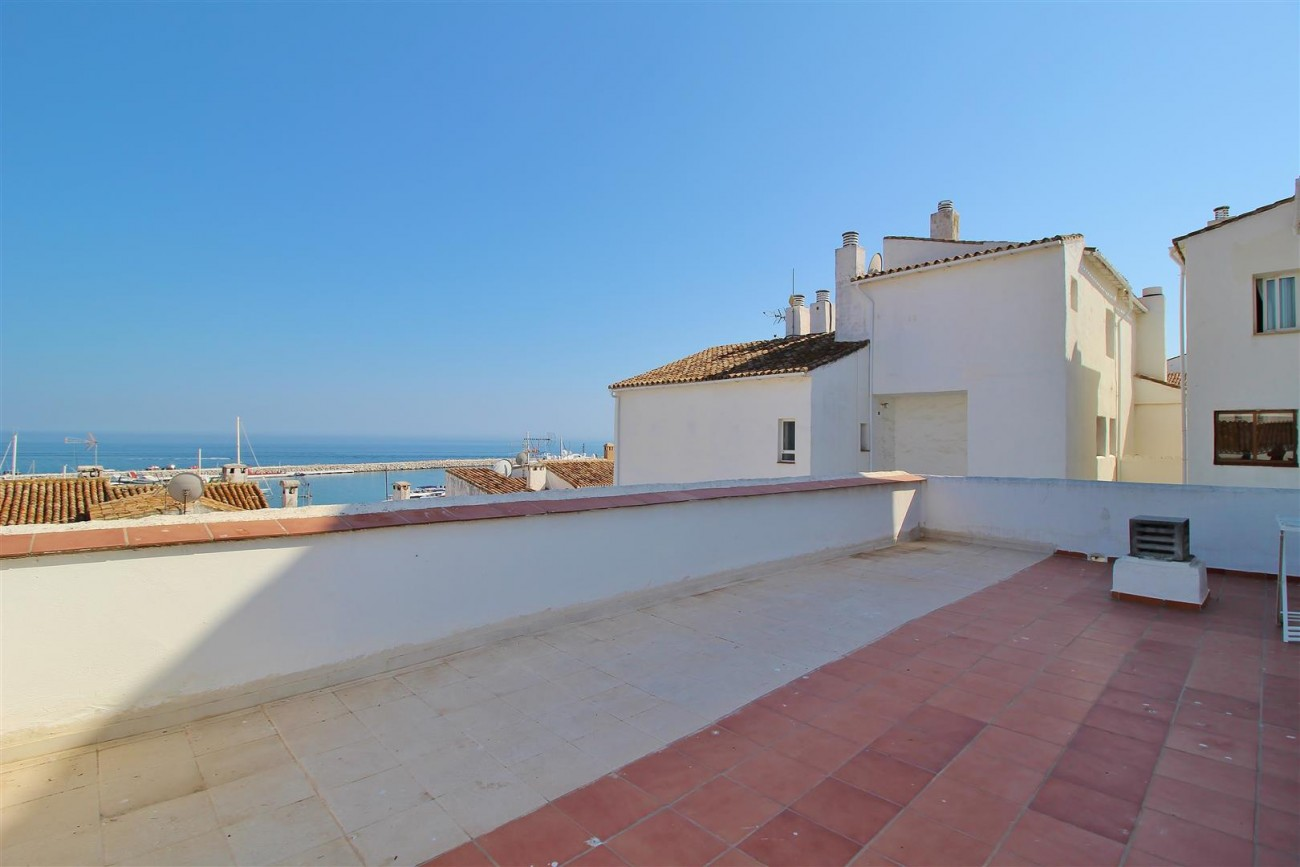 Penthouse for sale Puerto Banus Marbella Spain (51) (Large)