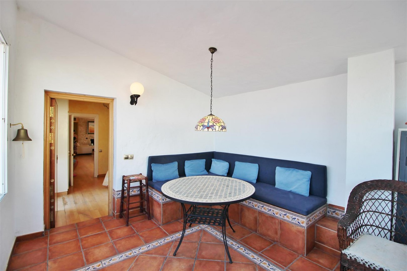 Penthouse for sale Puerto Banus Marbella Spain (59) (Large)