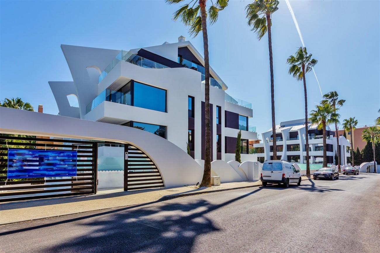 Beachside New Apartments Marbella Spain (14) (Large)