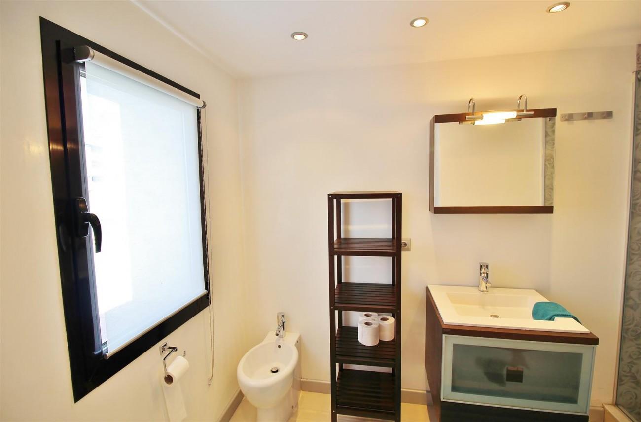 Luxury Modern Style Apartment for sale Puerto Banus Marbella Spain (40) (Large)