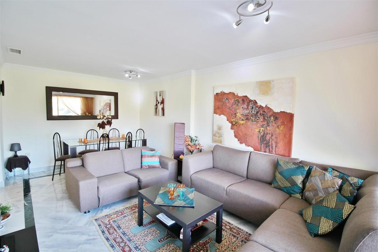 Nice Apartment for sale Nueva Andalucia Marbella Spain (2) (Large)