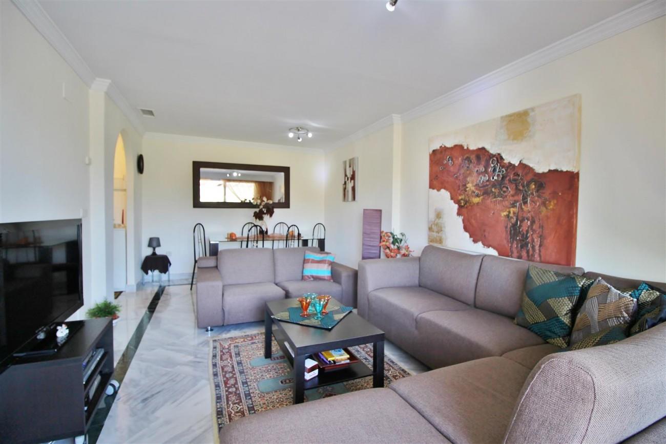 Nice Apartment for sale Nueva Andalucia Marbella Spain (3) (Large)