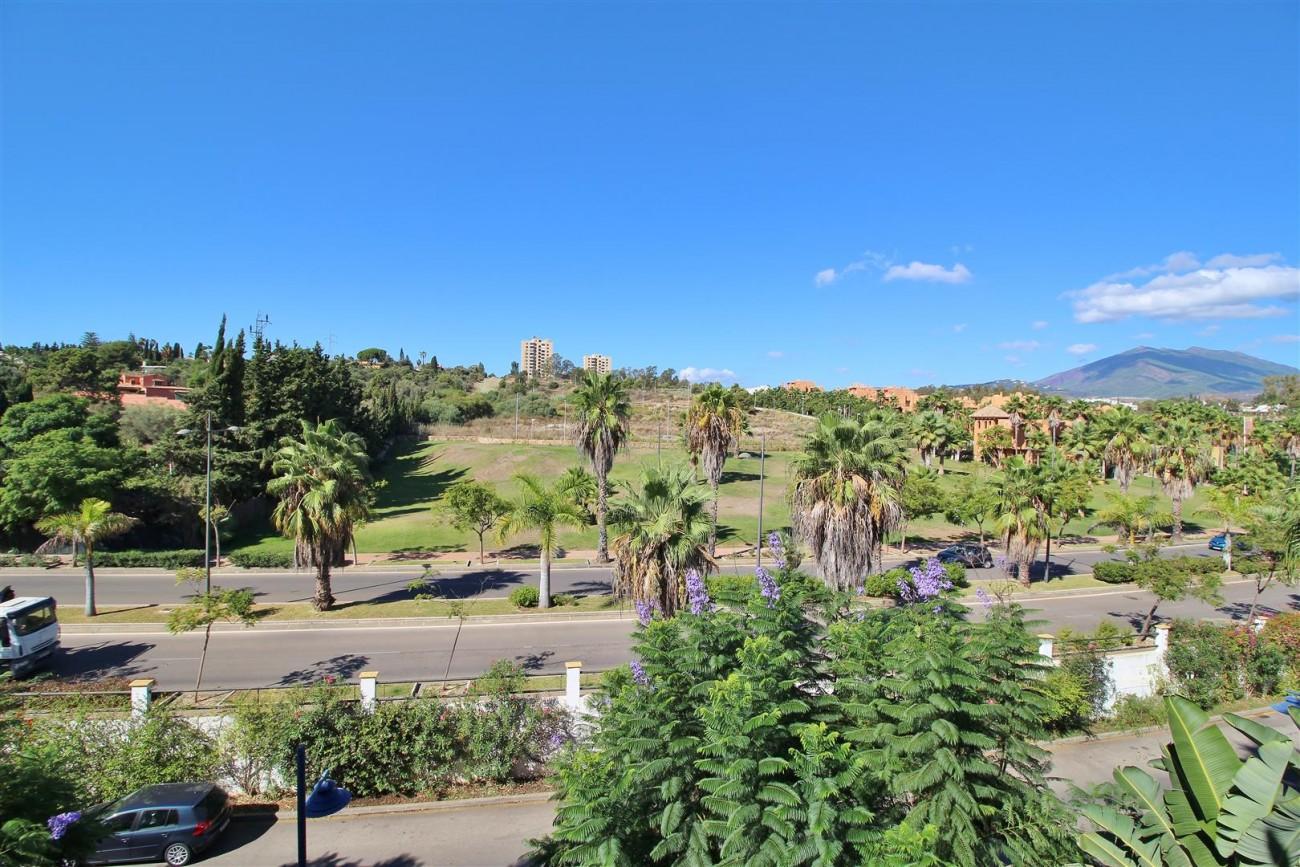 Nice Apartment for sale Nueva Andalucia Marbella Spain (4) (Large)