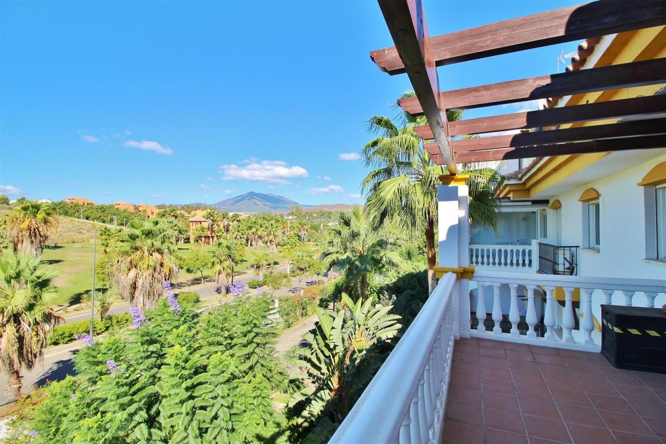 Nice Apartment for sale Nueva Andalucia Marbella Spain (6) (Large)