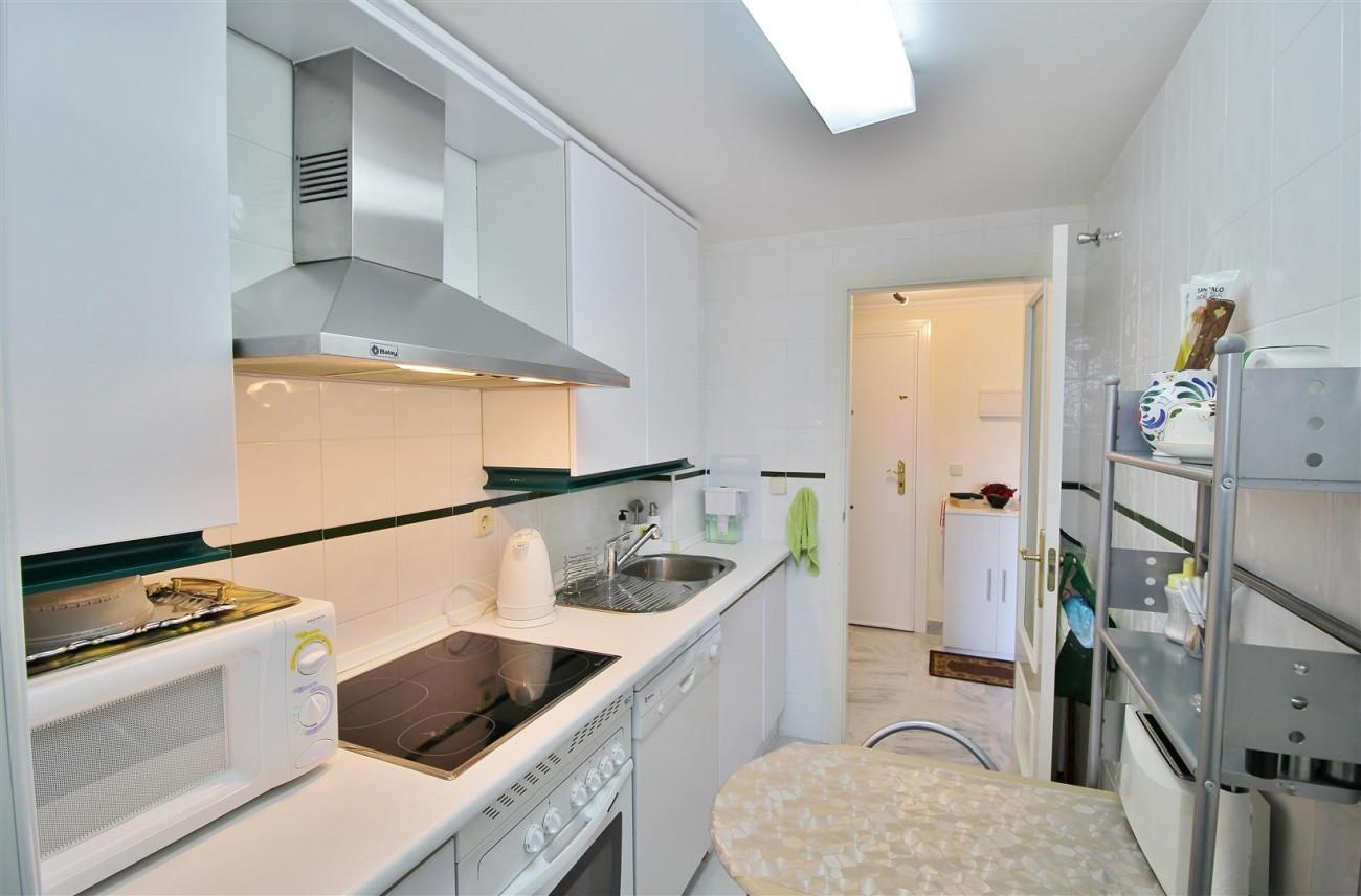 Nice Apartment for sale Nueva Andalucia Marbella Spain (10) (Large)