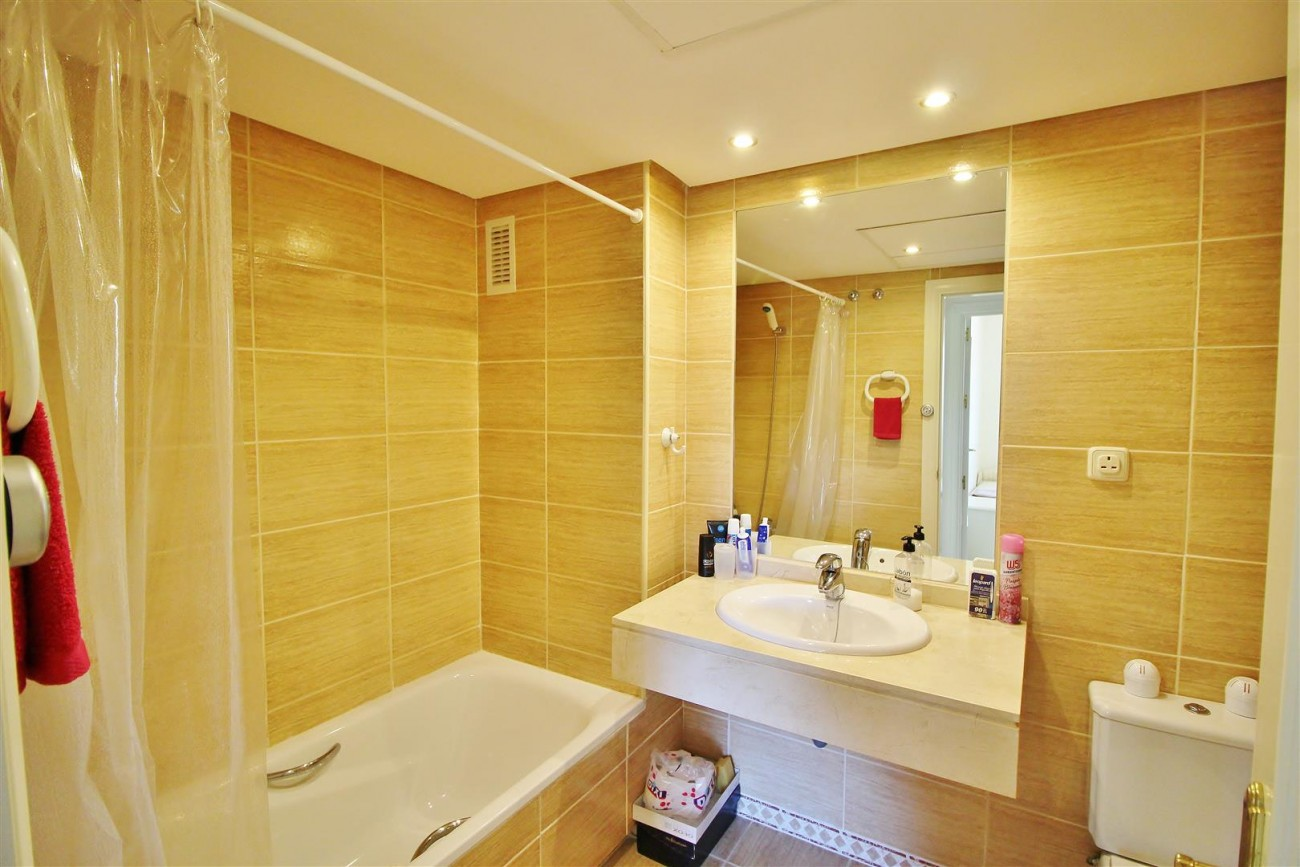 Nice Apartment for sale Nueva Andalucia Marbella Spain (11) (Large)