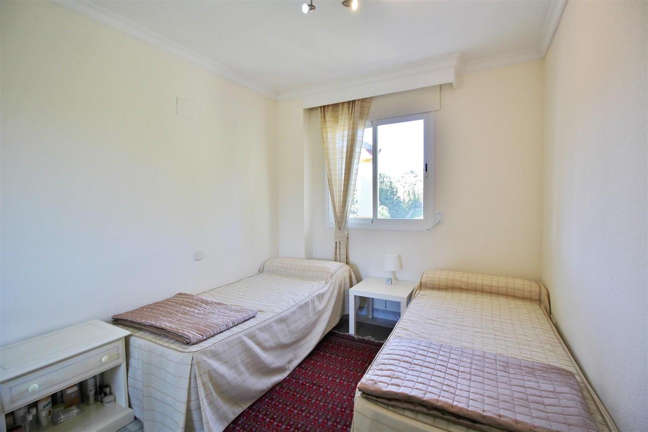 Nice Apartment for sale Nueva Andalucia Marbella Spain (13) (Large)