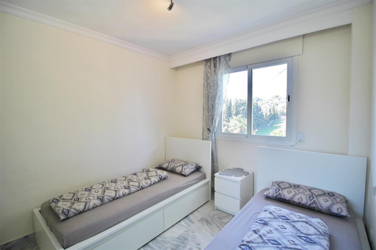 Nice Apartment for sale Nueva Andalucia Marbella Spain (16) (Large)