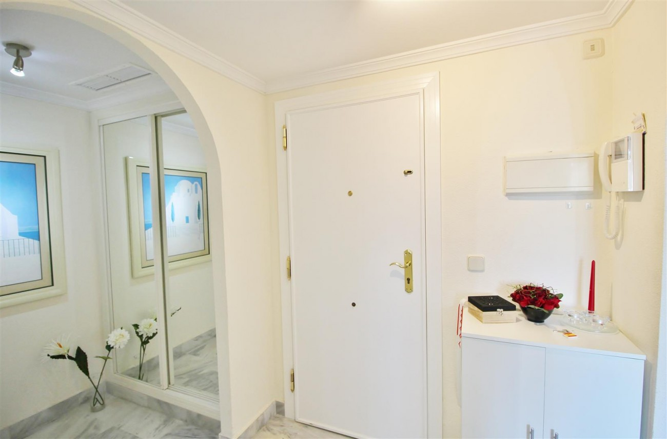 Nice Apartment for sale Nueva Andalucia Marbella Spain (17) (Large)
