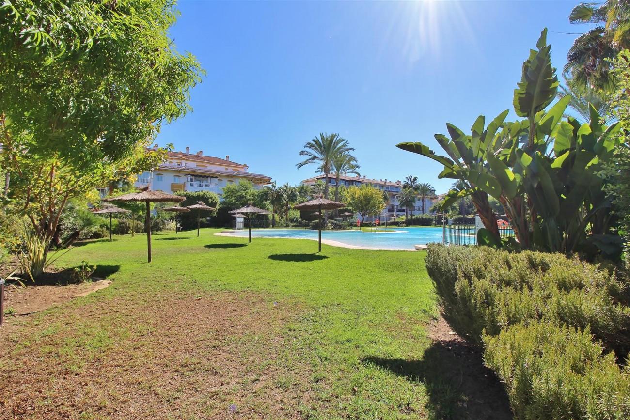 Nice Apartment for sale Nueva Andalucia Marbella Spain (19) (Large)