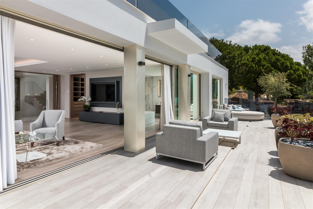 Contemporary Mansion for sale Marbella Golden Mile Spain (9) (Large)
