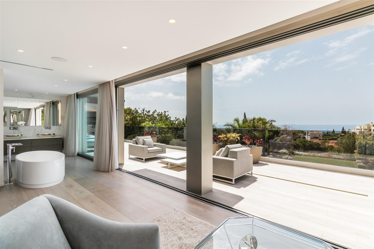 Contemporary Mansion for sale Marbella Golden Mile Spain (21) (Large)