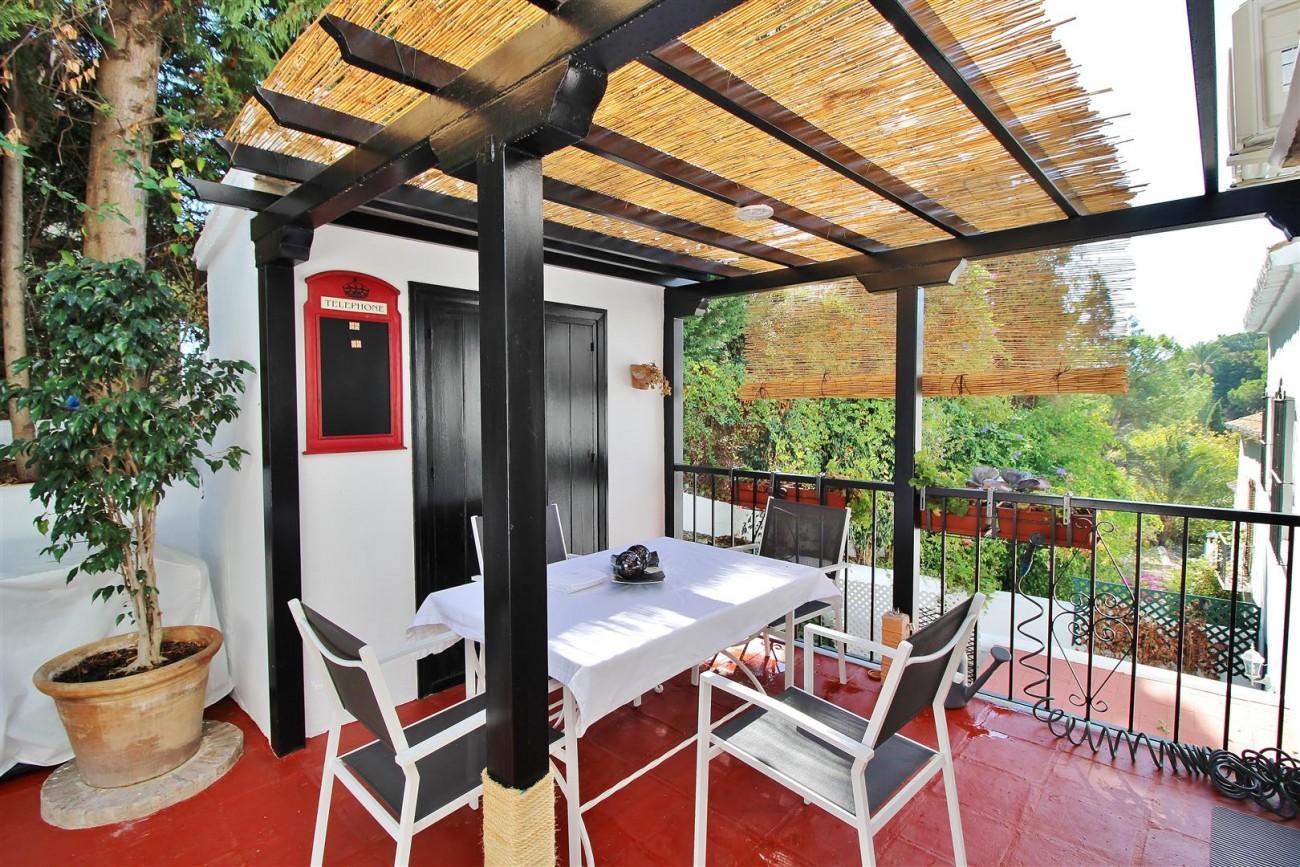 Beautiful townhouse for sale Lomas de Marbella Club Pueblo Spain (25) (Large)