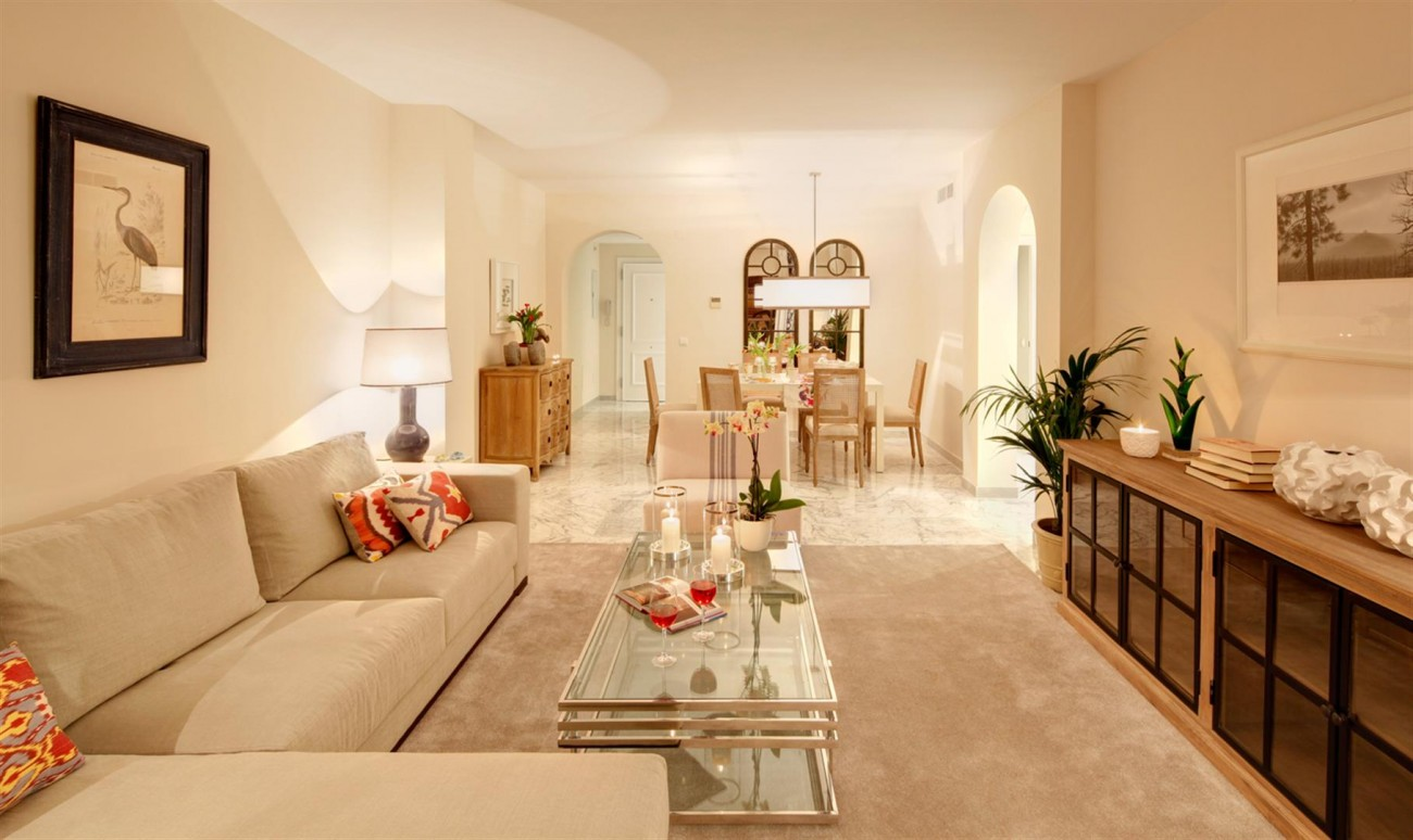 Luxury apartment for sale Puerto Banus Marbella Spain (4) (Large)