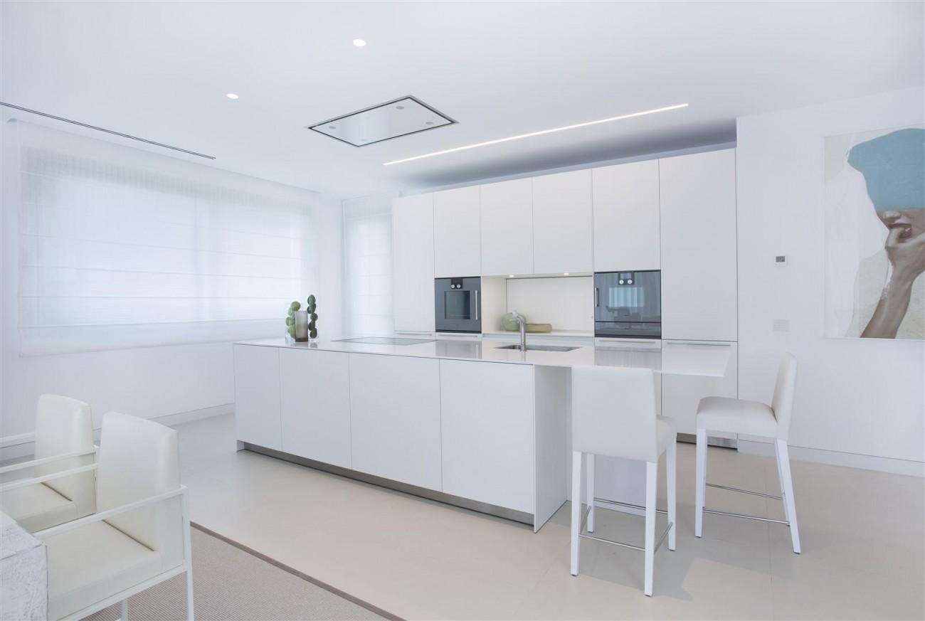 Contemporary Villas for Sale Marbella Estepona Spain (1) (Large)