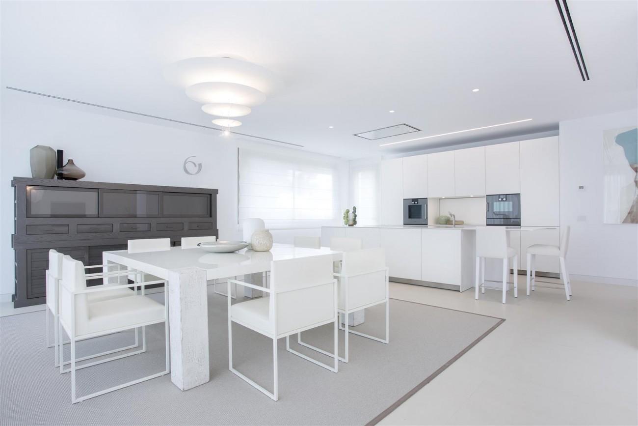 Contemporary Villas for Sale Marbella Estepona Spain (2) (Large)