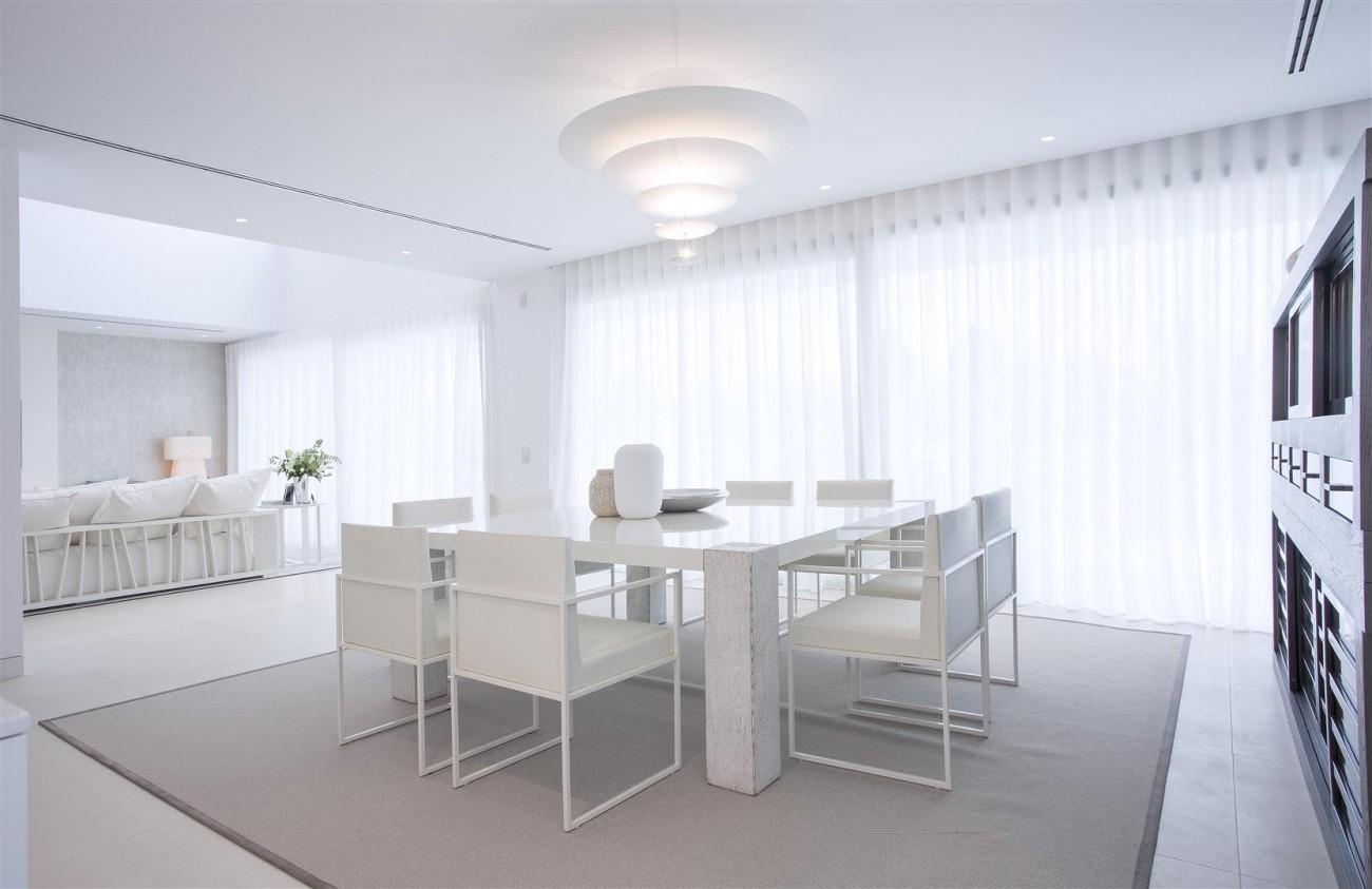 Contemporary Villas for Sale Marbella Estepona Spain (3) (Large)