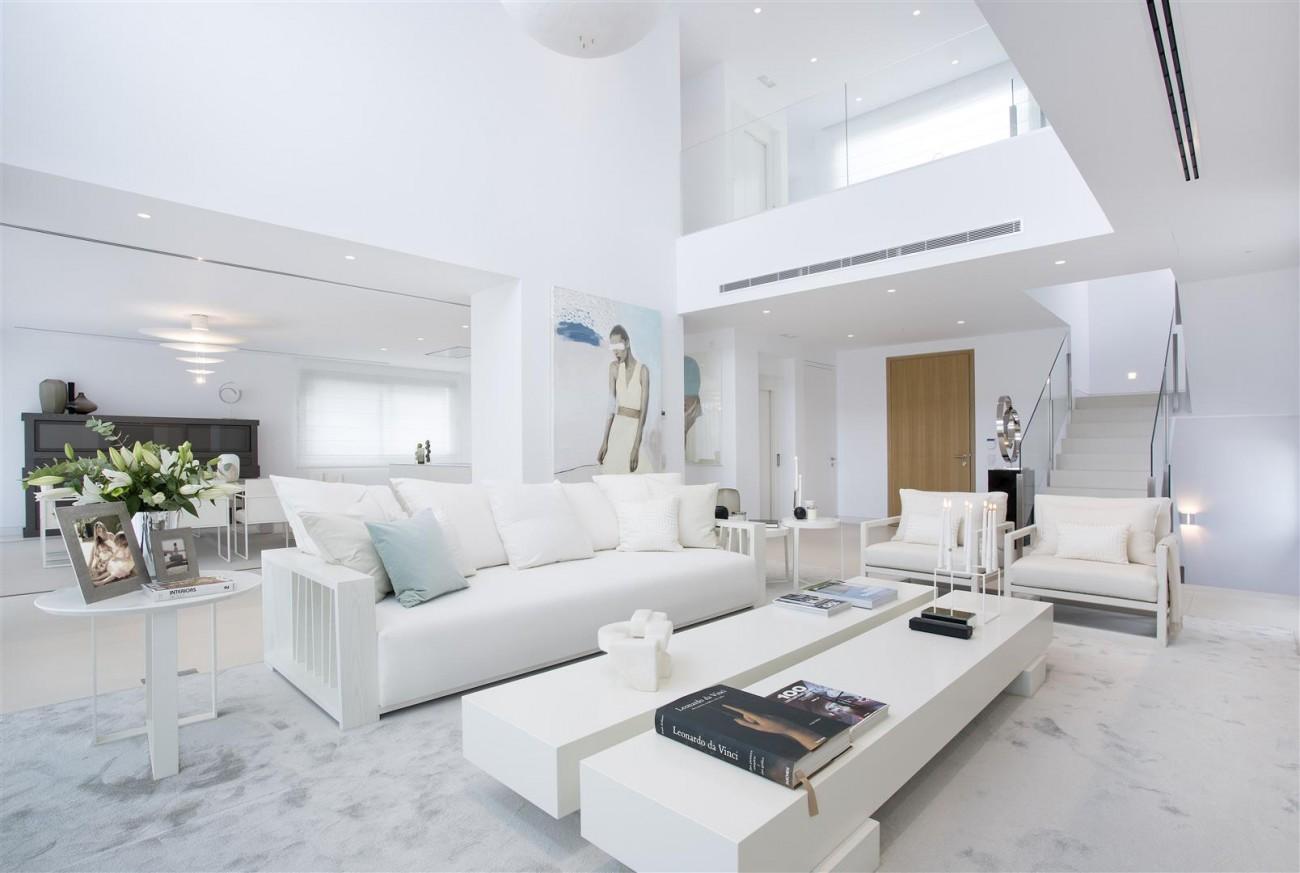 Contemporary Villas for Sale Marbella Estepona Spain (4) (Large)