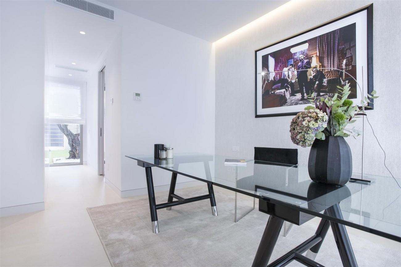 Contemporary Villas for Sale Marbella Estepona Spain (6) (Large)