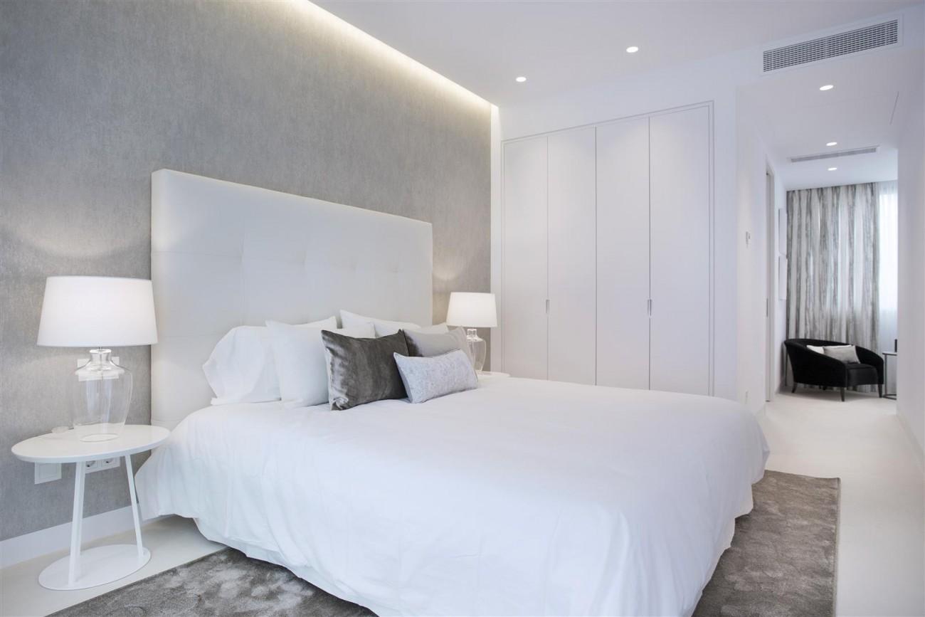 Contemporary Villas for Sale Marbella Estepona Spain (11) (Large)