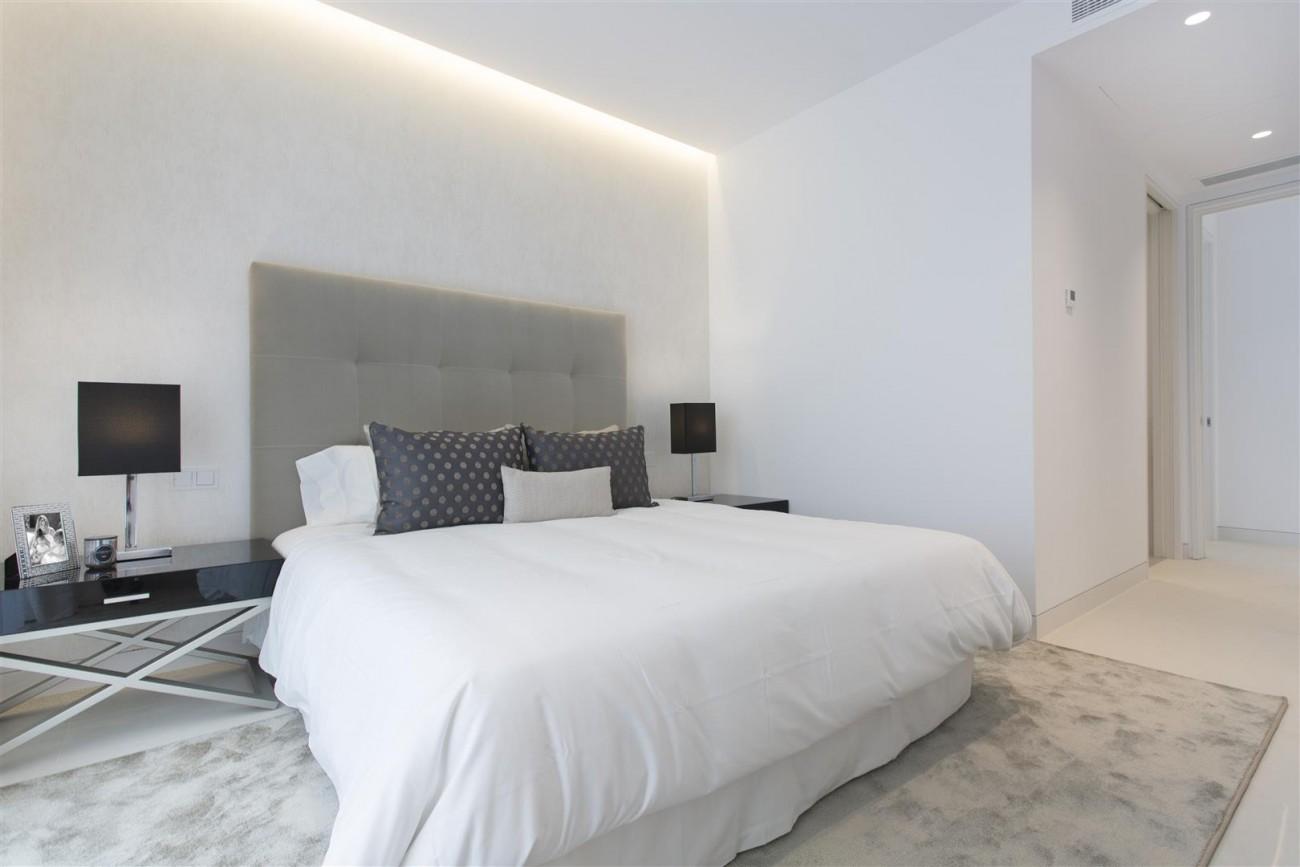 Contemporary Villas for Sale Marbella Estepona Spain (12) (Large)