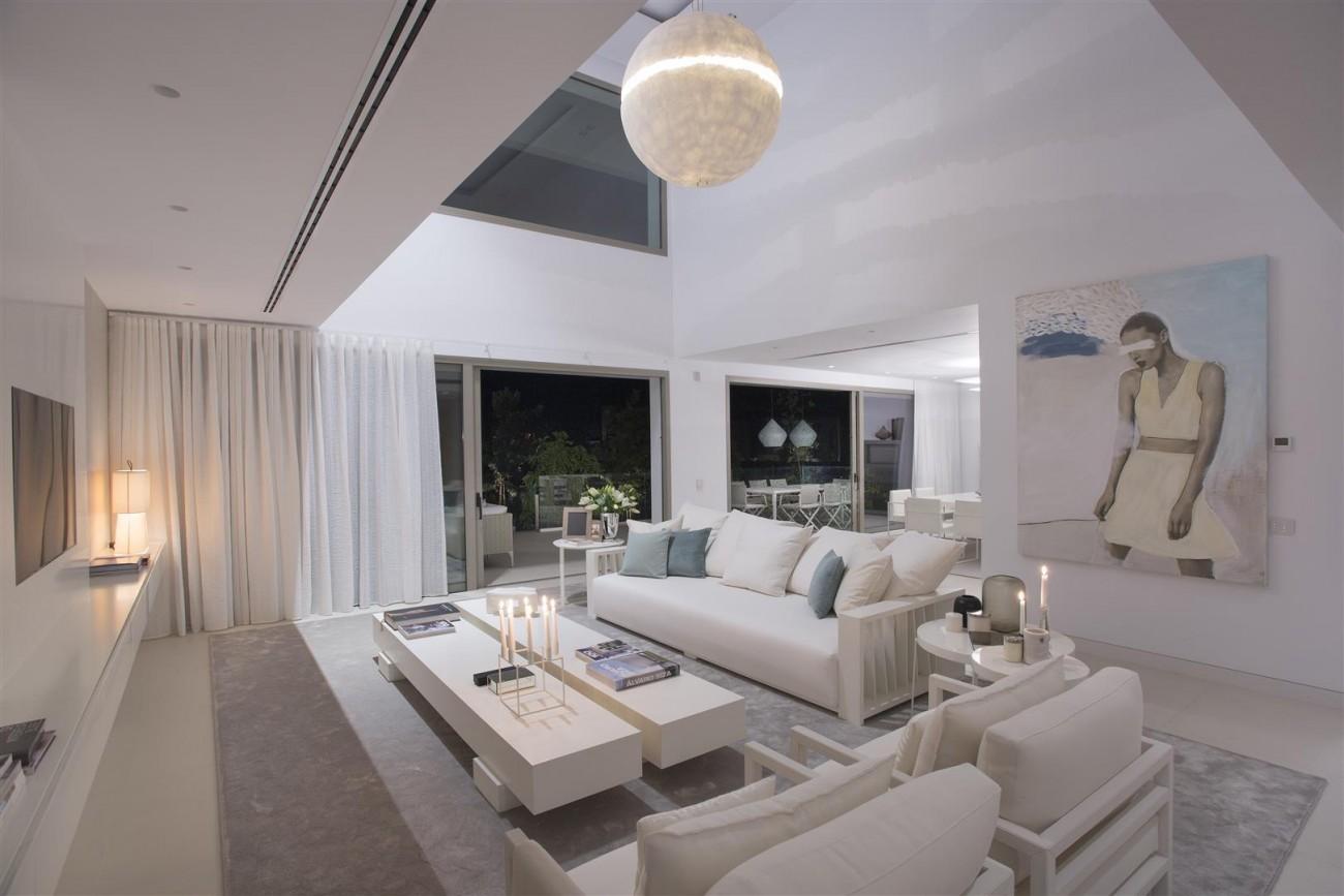 Contemporary Villas for Sale Marbella Estepona Spain (16) (Large)