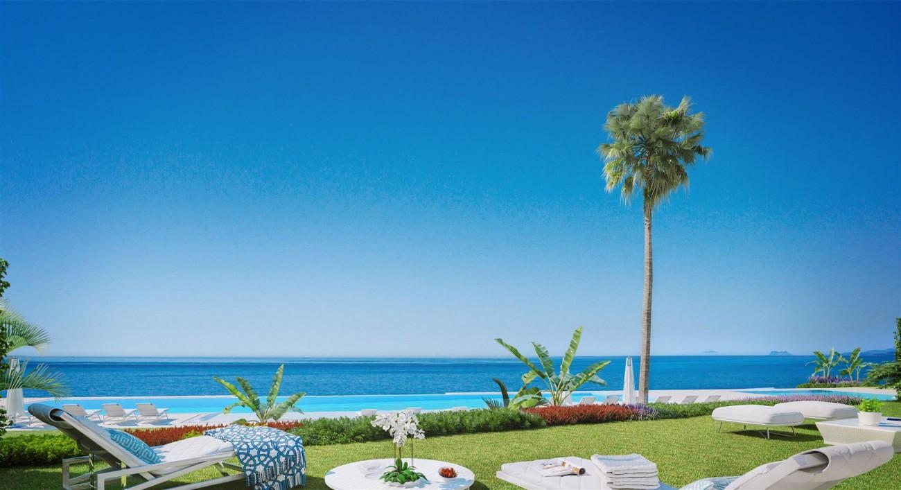 Exclusive Beachfront Luxury Contemporary Apartments for sale Costa del Sol (2)