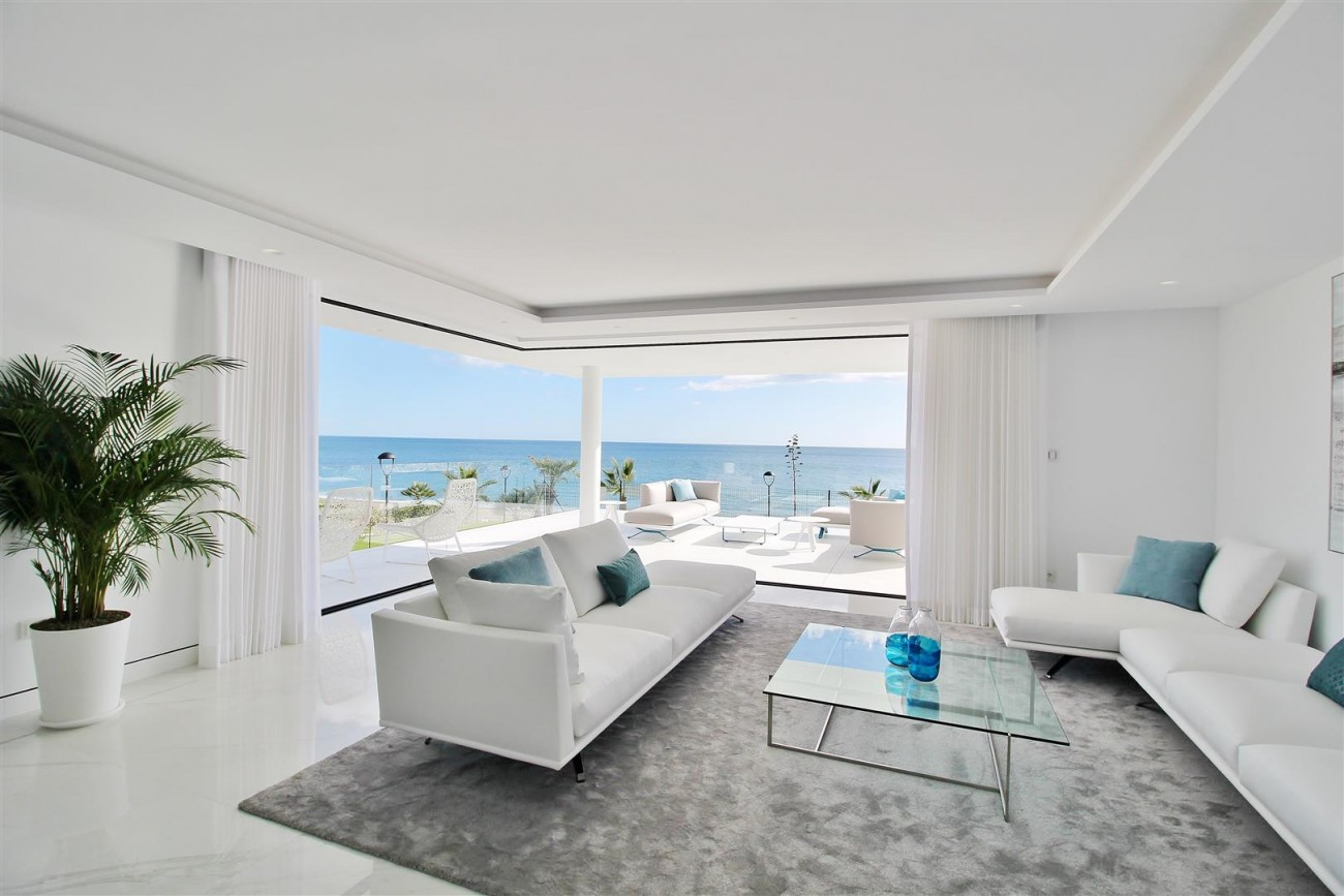 Beachfront luxury Apartments for sale Marbella Spain (12) (Large)