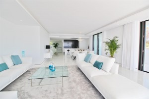 Beachfront luxury Apartments for sale Marbella Spain (13) (Large)