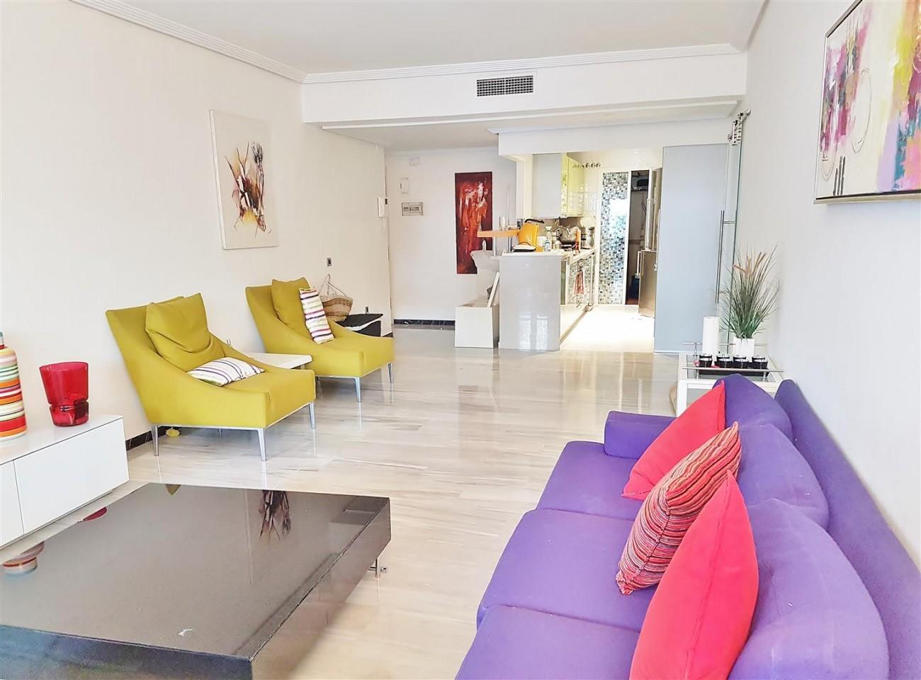 Beachside Apartment for sale Puerto Banus Marbella (5) (Large)