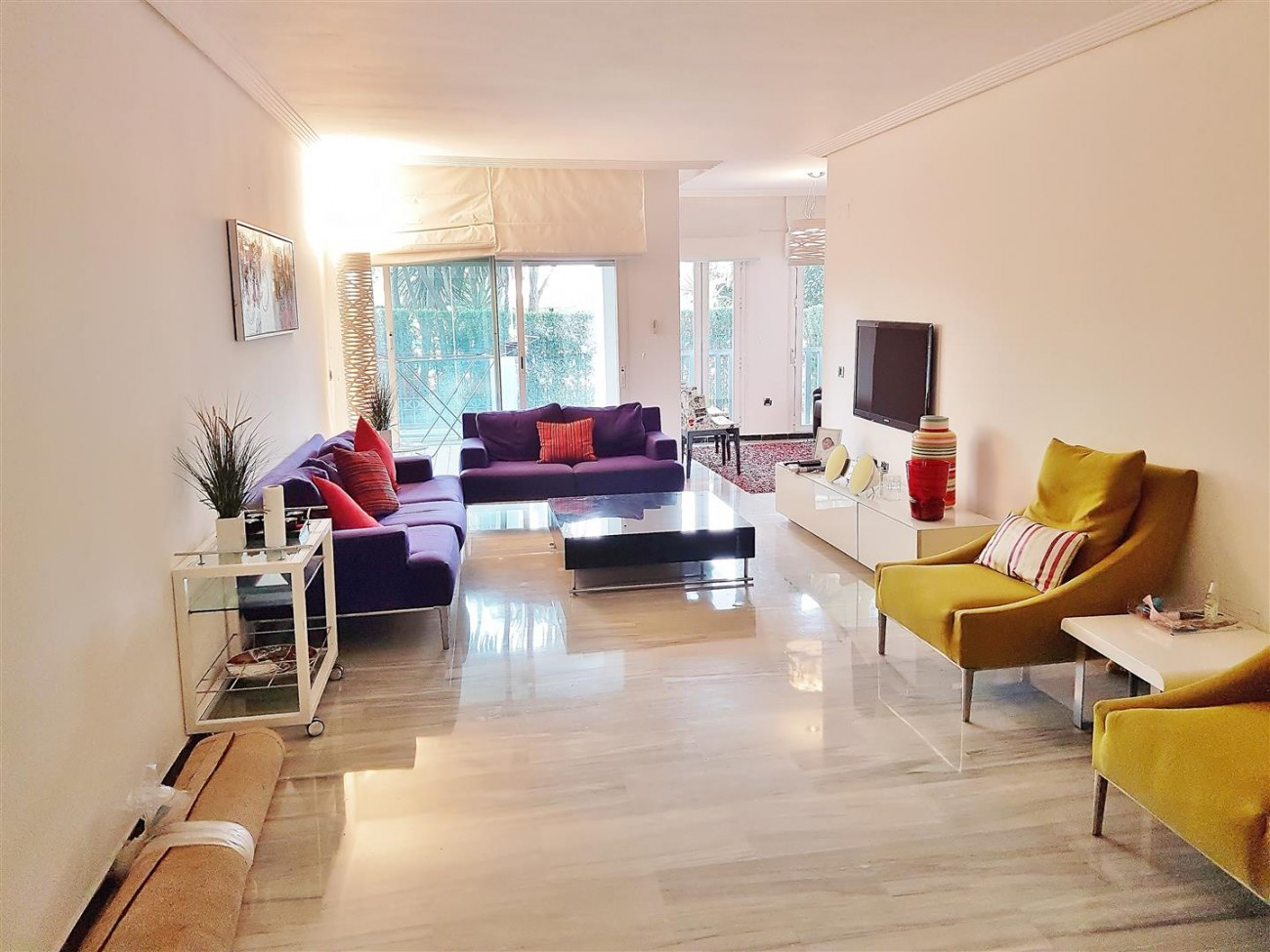 Beachside Apartment for sale Puerto Banus Marbella (15) (Large)