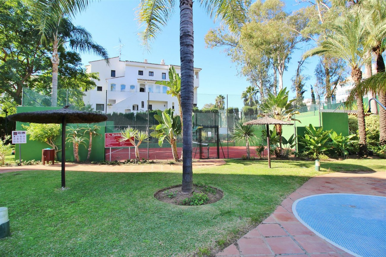 Ground floor Apartment for sale Puerto Banus Marbella Spain (1) (Large)