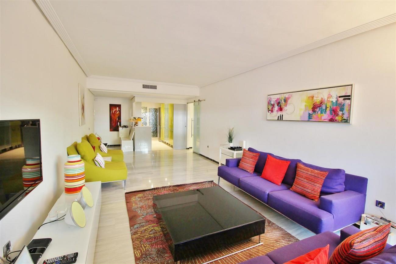 Ground floor Apartment for sale Puerto Banus Marbella Spain (20) (Large)