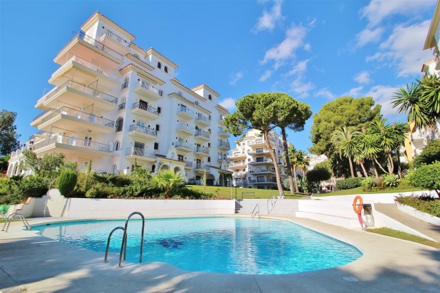 Apartment for Sale - 570.000€ - Puerto Banús, Costa del Sol - Ref: 5808