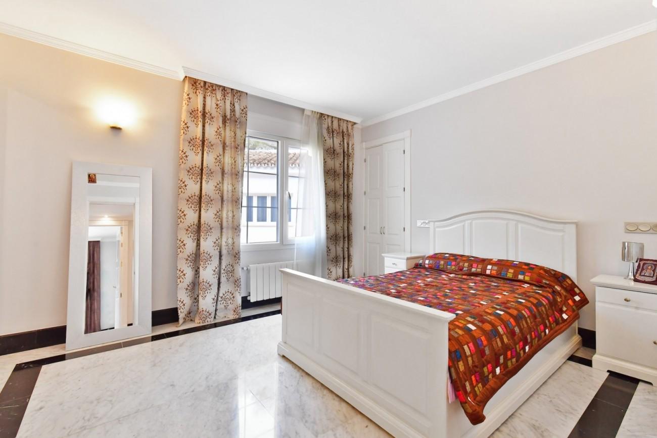 Luxury Villa for sale Marbella Golden Mile Spain (6)