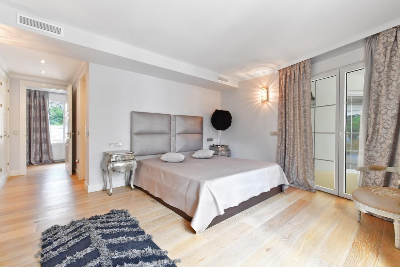Luxury Villa for sale Marbella Golden Mile Spain (12)