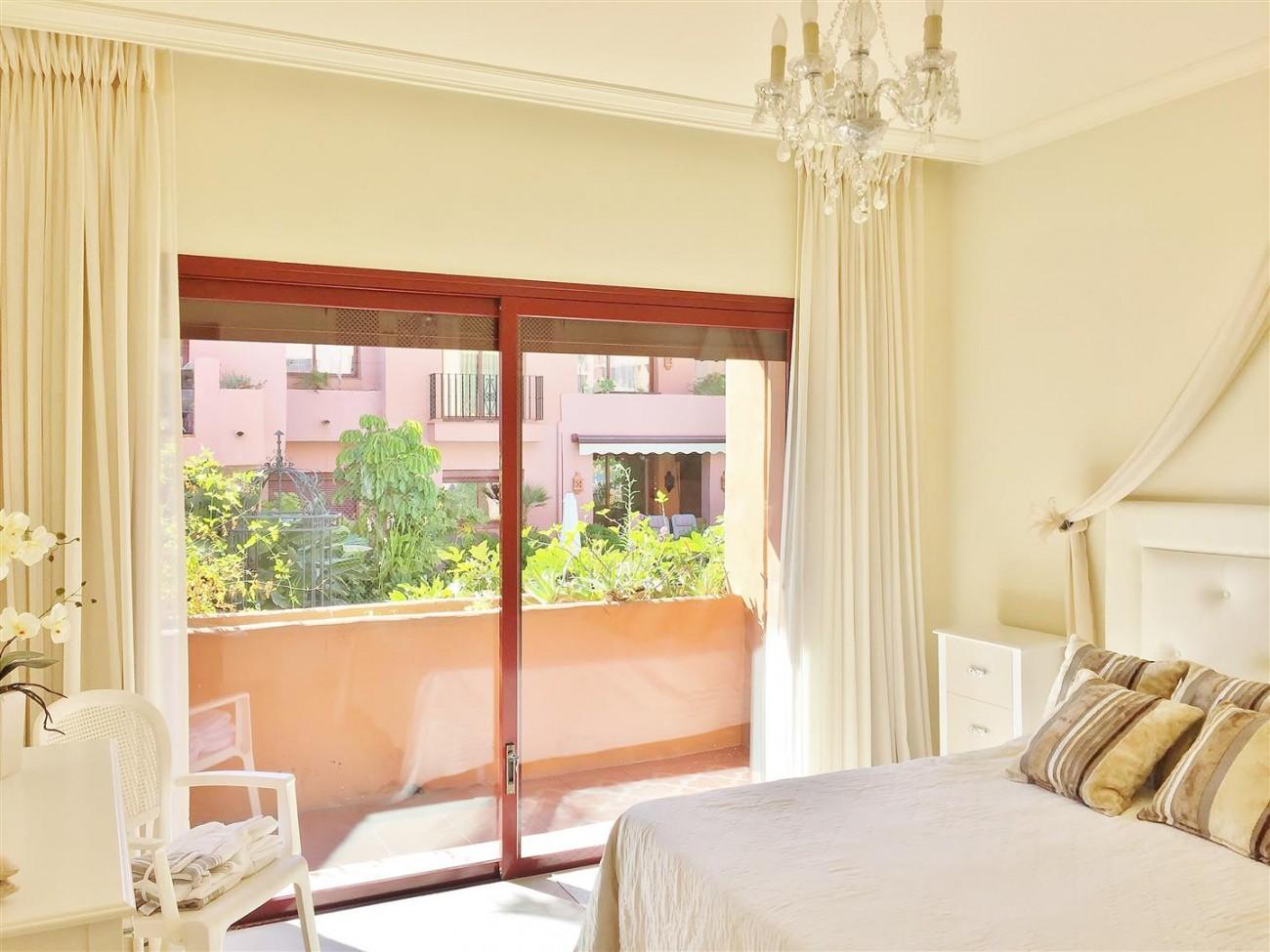 Elviria Apartment for rent Marbella Spain (9)