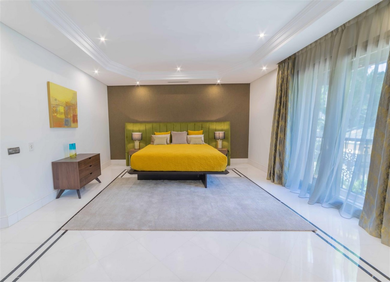Luxury Apartment Beachfront Complex Puerto Banus Marbella Spain (2) (Large)