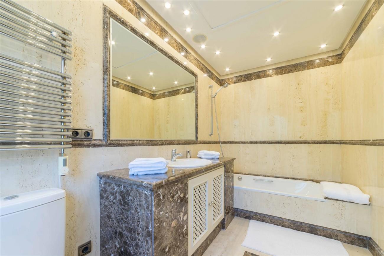 Luxury Apartment Beachfront Complex Puerto Banus Marbella Spain (3) (Large)