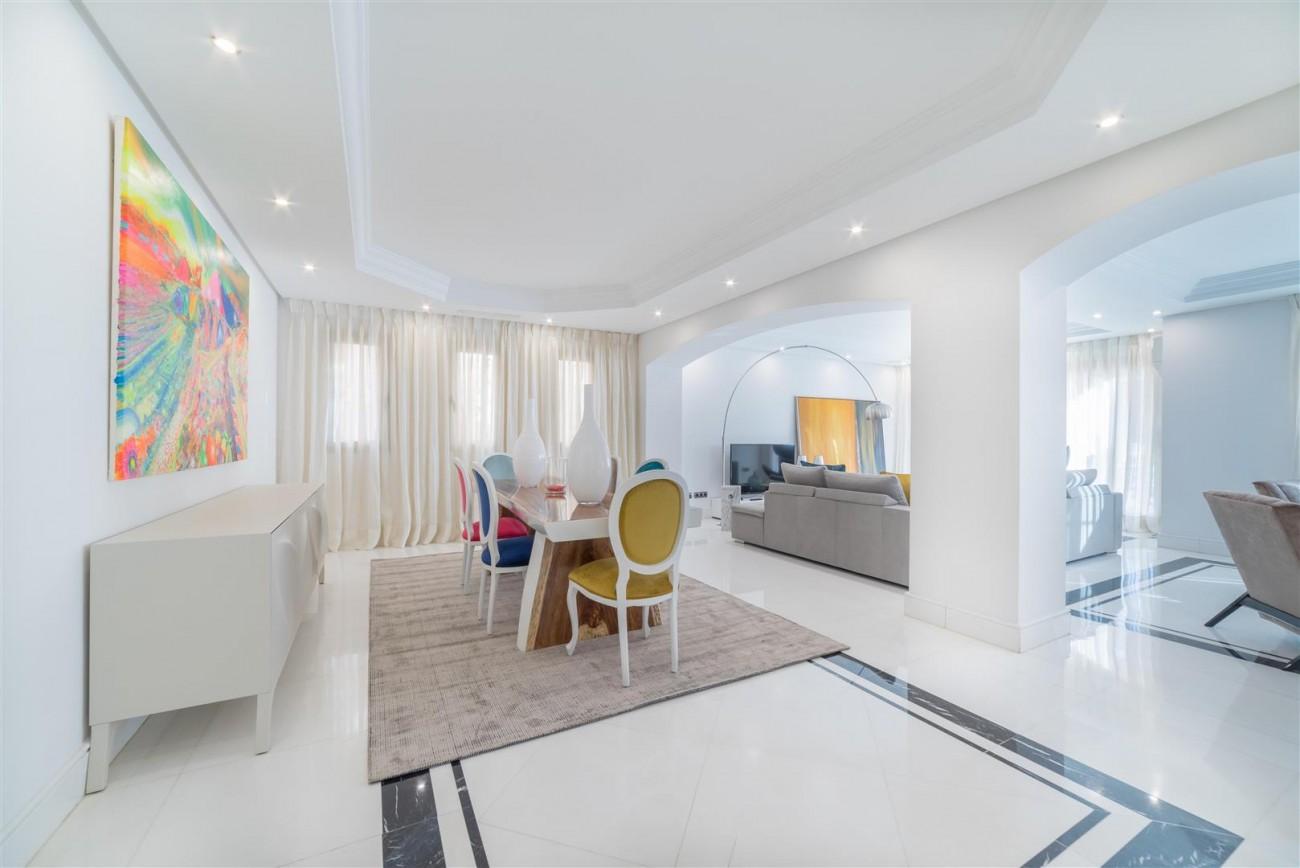 Luxury Apartment Beachfront Complex Puerto Banus Marbella Spain (7) (Large)