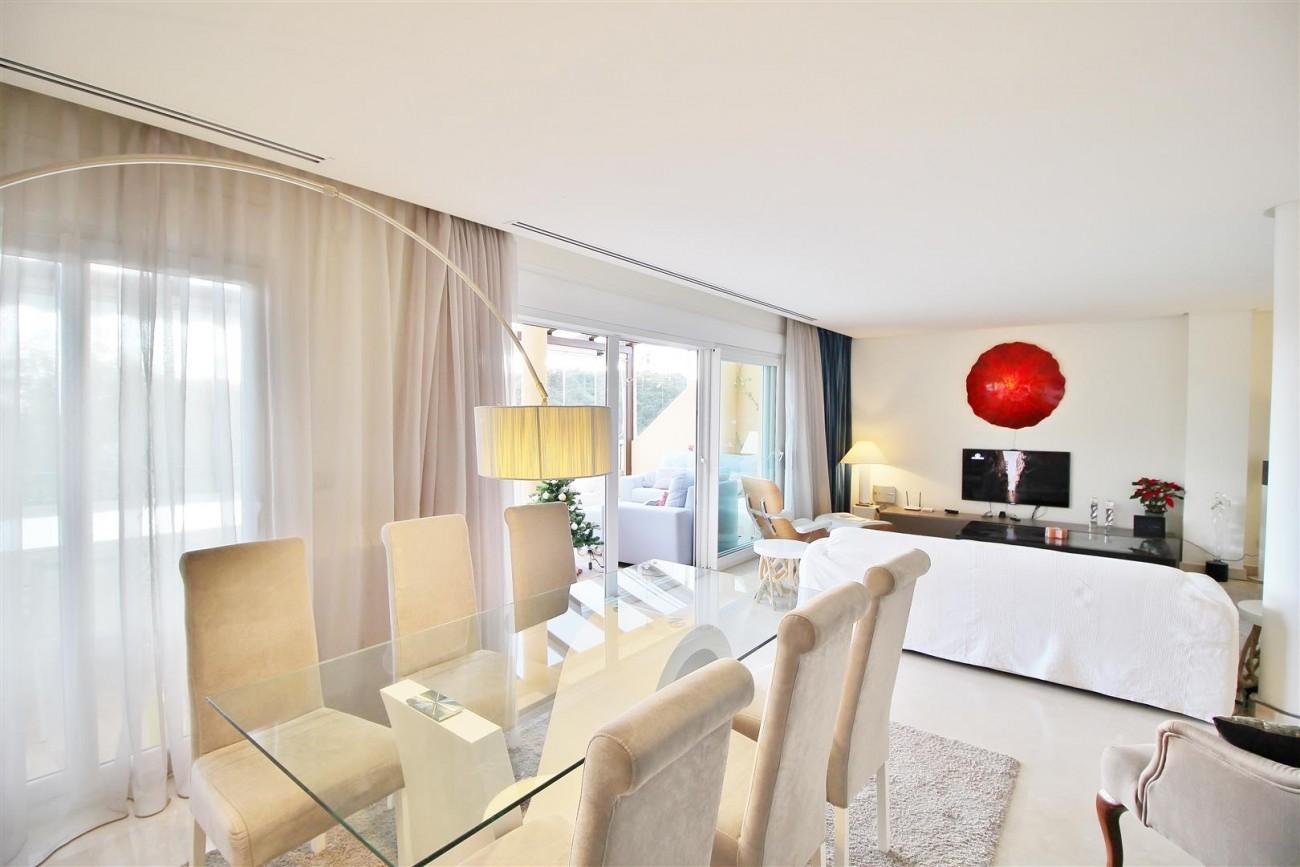 Luxury Duplex Penthouse for sale Nueva Andalucia Marbella Spain (5) (Large)