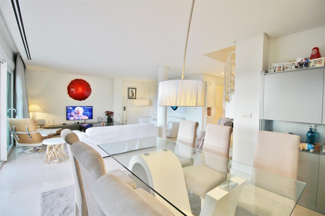 Luxury Duplex Penthouse for sale Nueva Andalucia Marbella Spain (6) (Large)