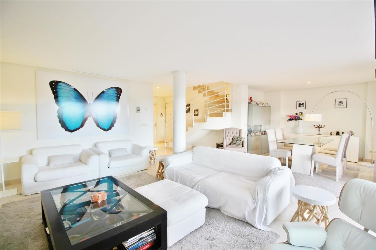 Luxury Duplex Penthouse for sale Nueva Andalucia Marbella Spain (7) (Large)