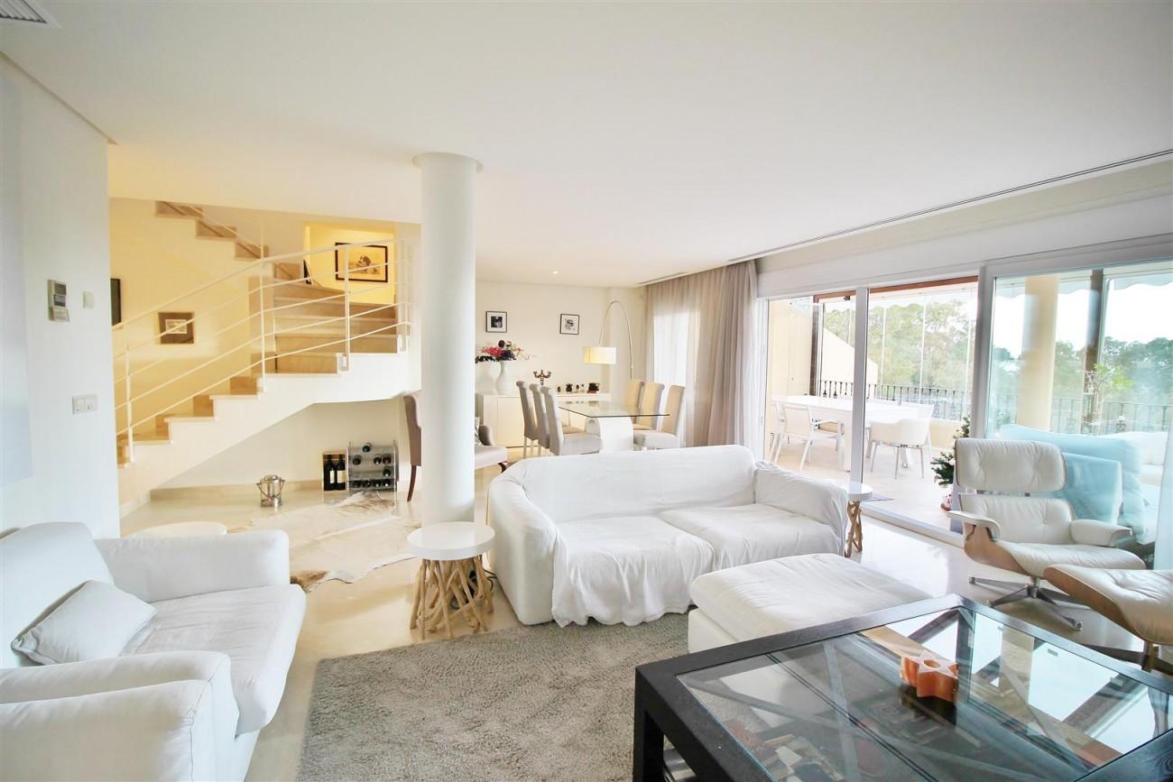 Luxury Duplex Penthouse for sale Nueva Andalucia Marbella Spain (8) (Large)