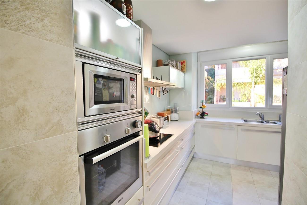 Luxury Duplex Penthouse for sale Nueva Andalucia Marbella Spain (22) (Large)