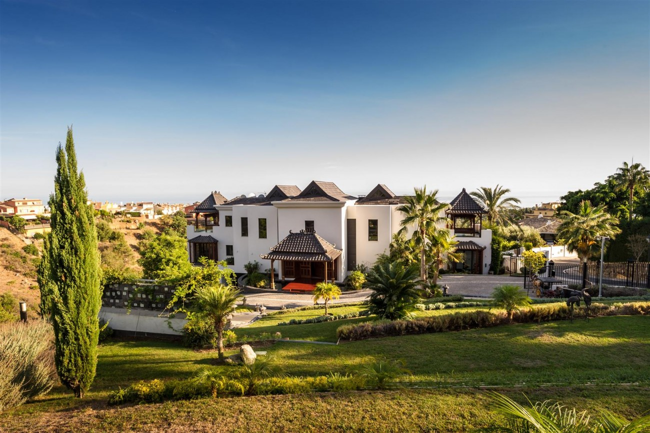 Luxury Mansion for sale marbella Golden Mile Spain (30)
