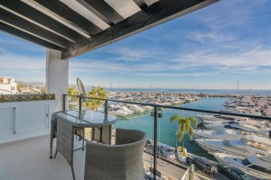 Atico - Penthouse for sale in Puerto Banús, Marbella, Málaga, Spain