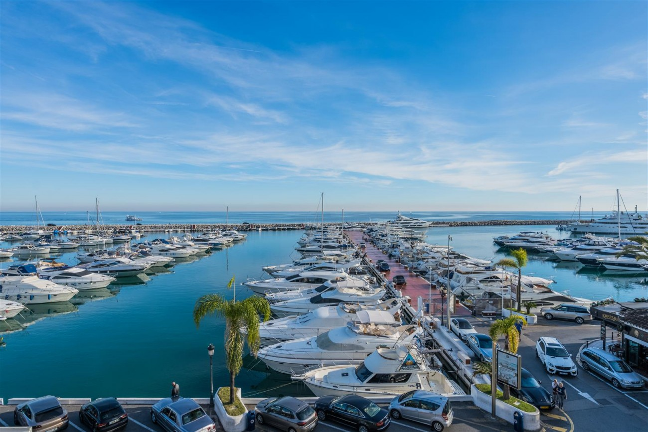 Penthouse for sale Puerto Banus Marbella Spain (7) (Large)