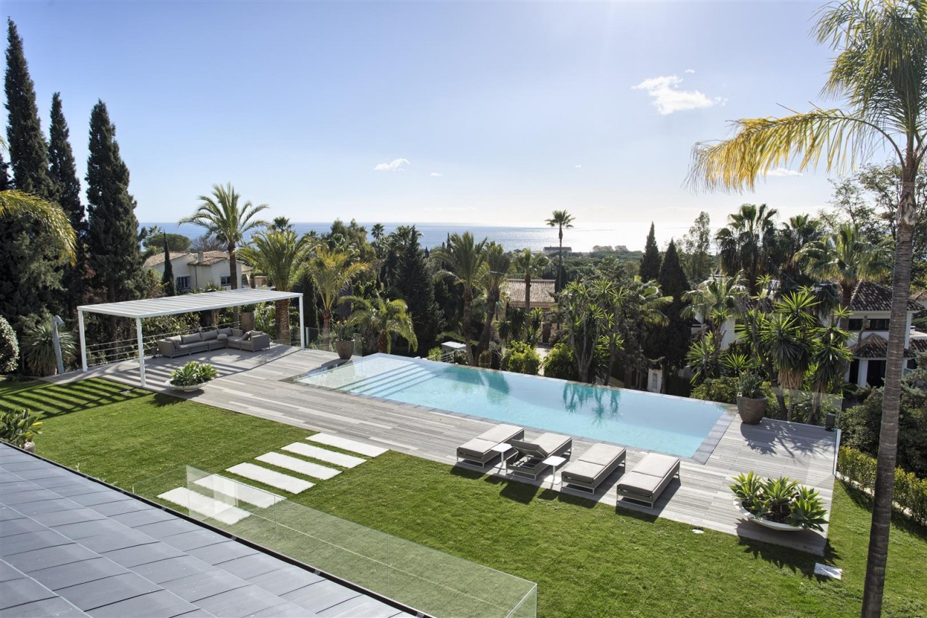 Contemporary Villa for Sale East Marbella Spain (10) (Large)