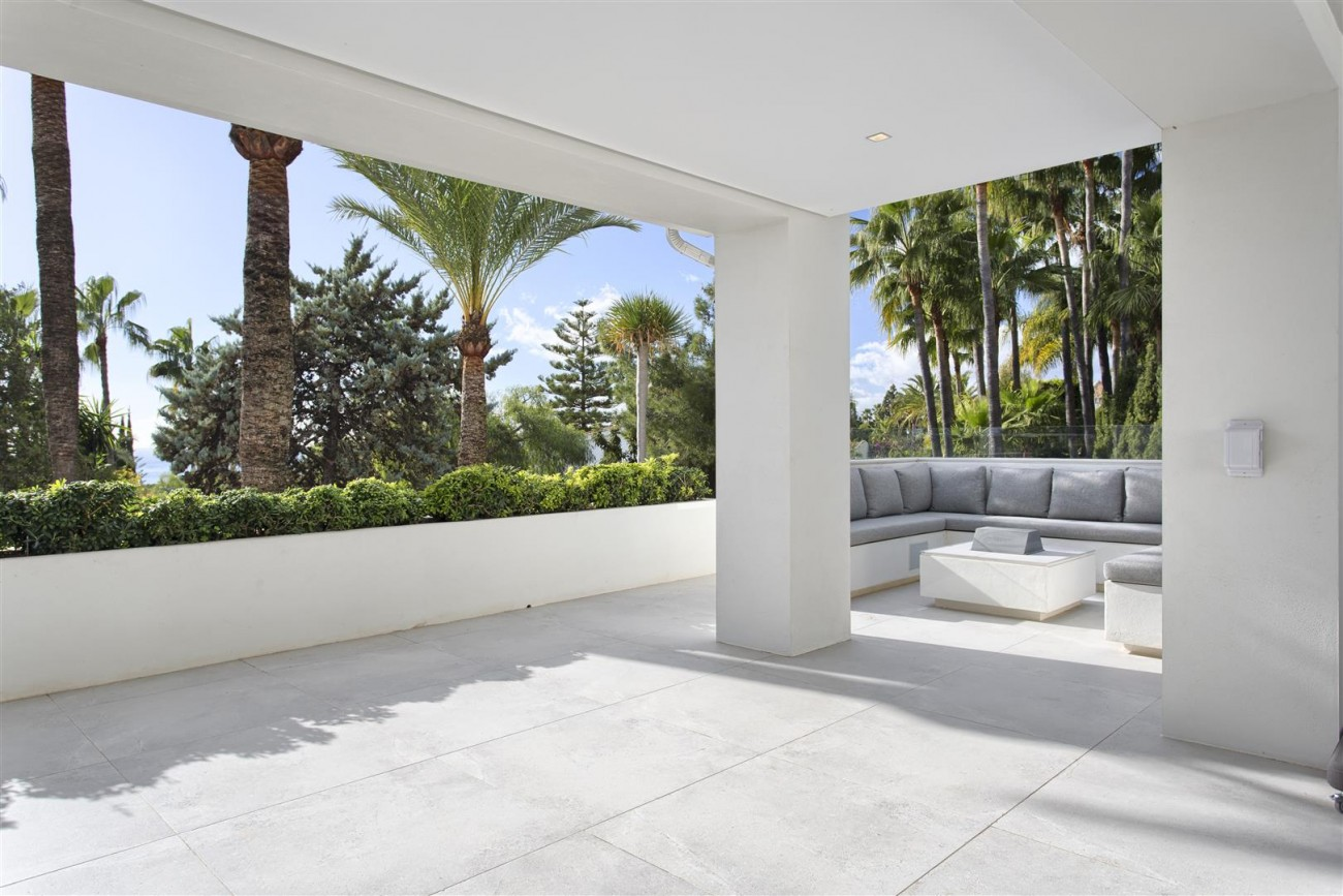 Contemporary Villa for Sale East Marbella Spain (29) (Large)